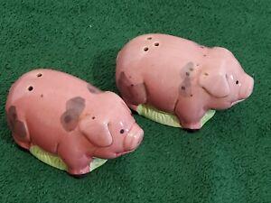 Knobler Salt and Pepper Shakers Pigs Piglets Pink Vintage