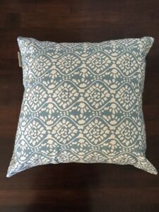Pottery Barn Indoor Or Outdoor Blue Throw Pillow 18x18 Inch Ebay