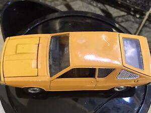 Espanol-Dinky-011451-Renault-17TS-Sin-Caja-pequeno-rasguno-en-techo