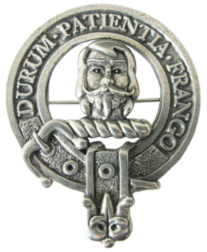 Premium SCOTTISH Clan Crest Badge//Brooch Clans L-Y Robust /& Quality made in UK