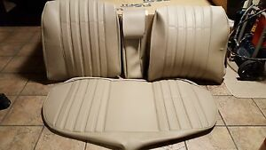 BMW-E28-528I-535i-M5-REAR-SEAT-KIT-OEM-GERMAN-VINYL-UPHOLSTERY-KIT-BEAUTIFUL-NEW