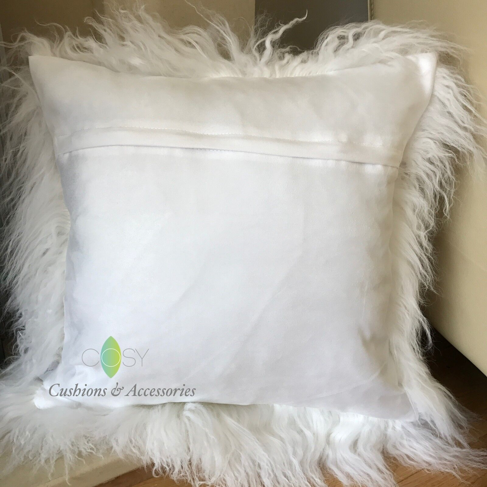 4 Cushion Covers Luxury Super Soft Curly Faux Fur Cover 45x45cm in 3 Colours X4