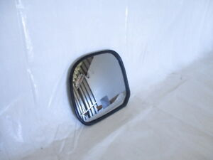 Toyota-Hiace-genuine-left-hand-nearside-Ns-mirror-glass-from-1989-to-1995