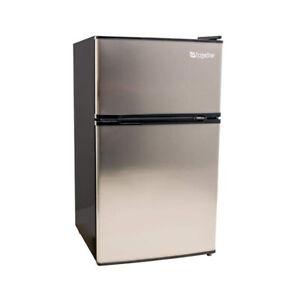 EdgeStar-CRF321SS-19-Inch-Wide-3-1-Cubic-Ft-Beverage-Cooler-Mini-Fridge-Freezer