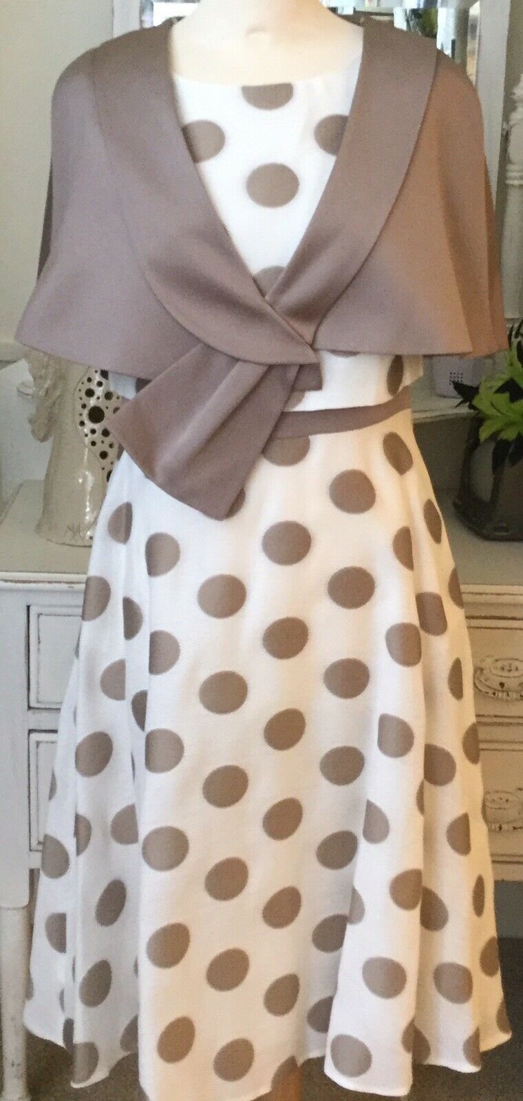 Mother Of The Bride / Races / Wedding Size 8