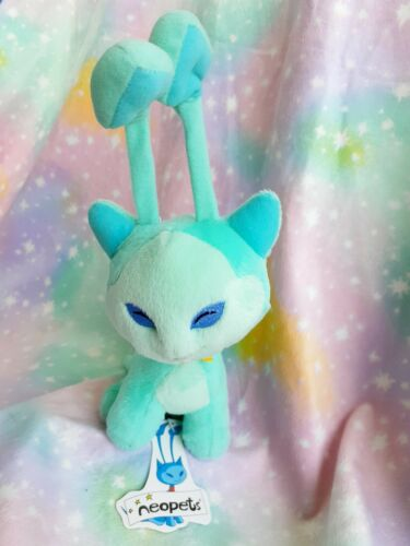 NEOPETS BLUE AISHA PLUSH LIMITED EDITION 2002 WITH TAG