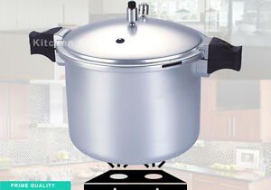 Image Cocotte Minute anodized pressure cooker blaze professional heavy duty use kitchen