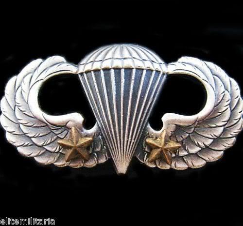 U.S. PARATROOPER AIRBORNE PARACHUTE WINGS BADGE 2 COMBAT STARS GENUINE