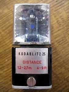 vintage Kodak Kodablitz 25 mit Blitzwürfel FLASHCUBES nicht benutzt Blitzgerät - isola tedesca, Deutschland - vintage Kodak Kodablitz 25 mit Blitzwürfel FLASHCUBES nicht benutzt Blitzgerät - isola tedesca, Deutschland