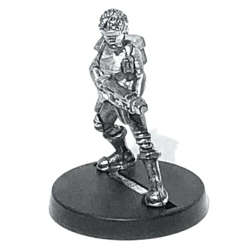 Female SMG Shades Backpack 28mm Unpainted Metal Wargames T-Shirt