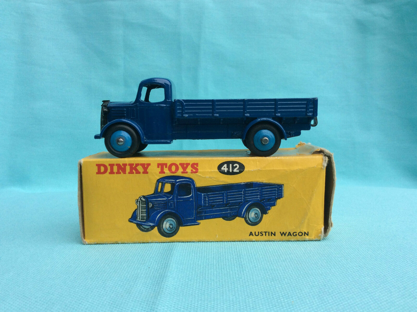 Dinky Toys no. 412 Austin Wagon ovp