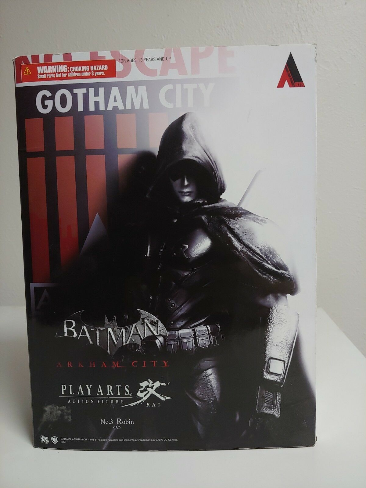 Square Enix Batman Arkham City  Play Arts Kai Robin Action Figure