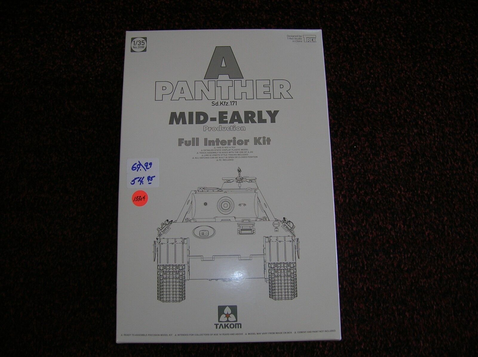 TAKOM   A PANTHER SD.KFZ.171 MID-EARLY    1 35 LIST  69.99  LOT