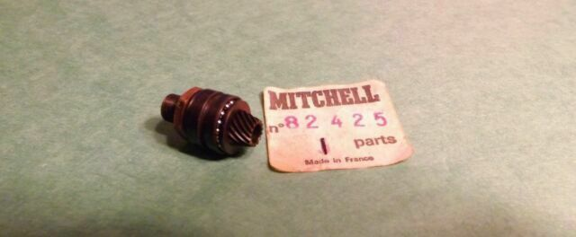 1 NEW OLD STOCK Garcia Mitchell 358 408 508 fishing reel Pignon Gear 82425 new old stock