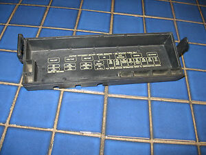 91 92 93 94 95 jeep cherokee wrangler 4 or 6 cylinder fuse box block rh ebay com 93 wrangler fuce box 93 wrangler fuce box