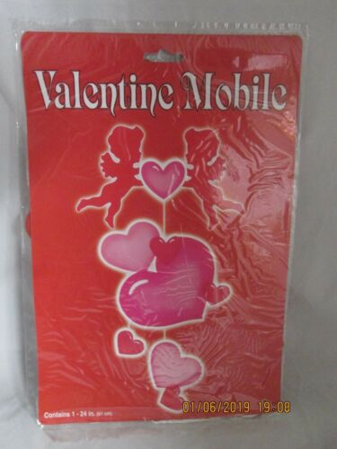"""Paperboard 24/"""" Hearts /& Cupids Valentine/'s Mobile 1993 Beistle NEW 77303"""