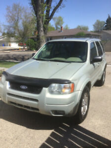 2003 Ford Escape limited.