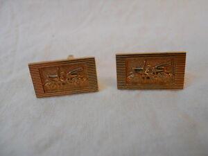 Ancienne-paire-de-boutons-de-manchette-plaque-Or-decor-voiture