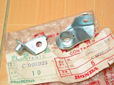 Plate Air Pump NOS 89421/&89422-200-000 Honda C92 C95 CA92 CA95 CS92 FR./&RR