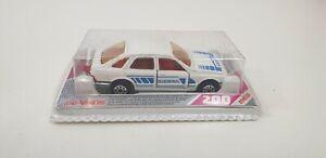 MAJORETTE-FORD-SIERRA-Serie-Bianco-200-AUTO-D-039-EPOCA-DA-COLLEZIONE-IN-SCATOLA-1980s