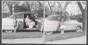 Vintage-Car-Photos-Mother-amp-Cute-Girl-w-1949-1950-Chevrolet-Convertible-654685