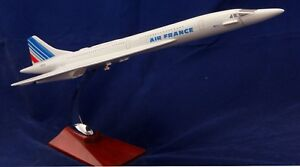 FRENCH-CONCORDE-LARGE-PLANE-MODEL-1-150-STAND-APX-45cm-RESIN-AIR-FRANCE