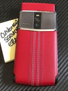 Genuine-Vertu-NEW-Signature-Touch-5-2-034-Clous-De-Paris-Red-Leather-NEW-RARE