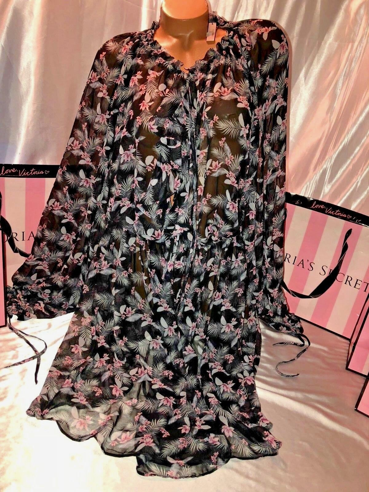 Victorias Secret Sheer Robe Ruffled Front M L
