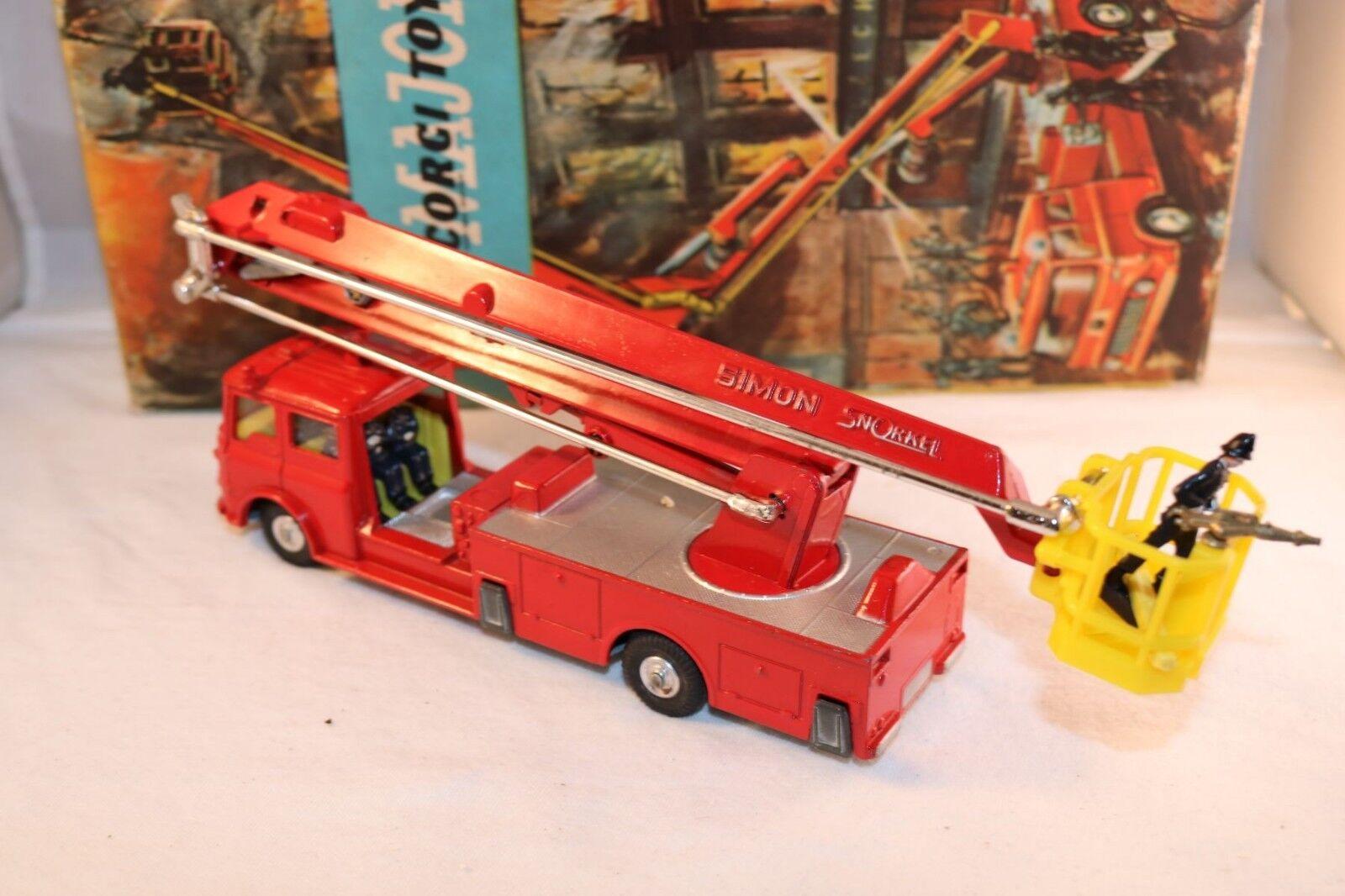 Corgi Toys 1127 Simon Snorkel Fire Engine very near mint mint mint in box with leaflat afec37