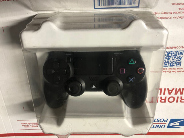 Sony  PlayStation 4 PS4 DualSchock 4 Wireless Controller - Jet Black (10037)