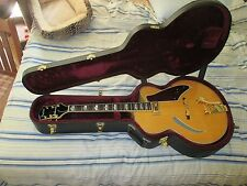 Gretsch G400 MCV Synchromatic Tigerstripe ArchTop  Guitar maple with case