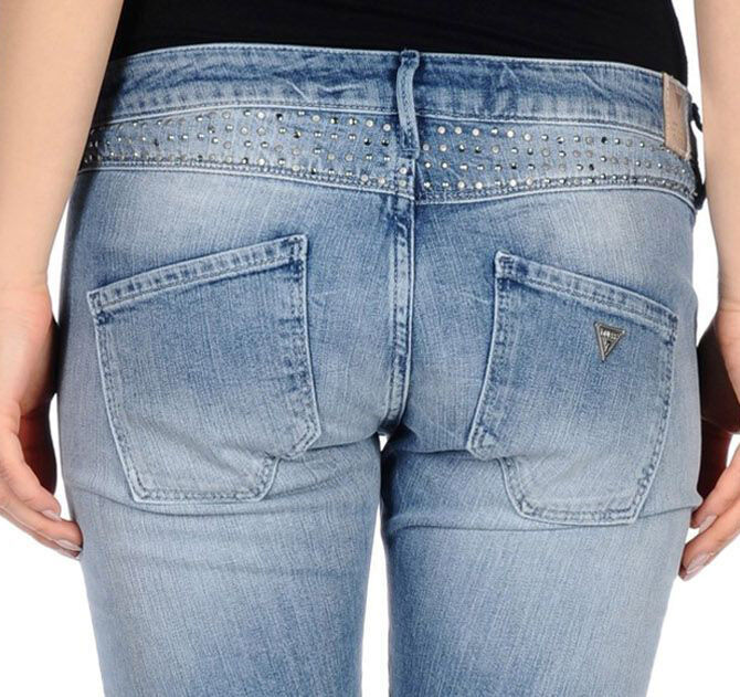 GUESS Jeans Denim Pants Rhinestones & Studs Skinny Low Rise 26 Washed bluee NWT
