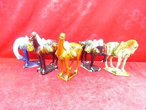 5-Beautiful-Ceramic-Figurines-Horses-China