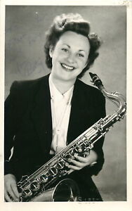Vintage Signed Autograph Photo - English Saxophonist - Betty Smith