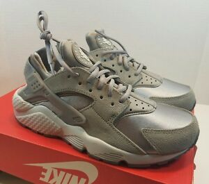 timeless design fea75 0b4a1 Image is loading NEW-Nike-Women-039-s-Air-Huarache-Run-