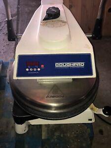 DoughPro-Deluxe-DP-1100-dough-pizza-press