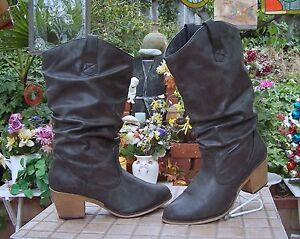 """Charles Albert  Boots Size 10  WITH 2.5"""" Heel"""