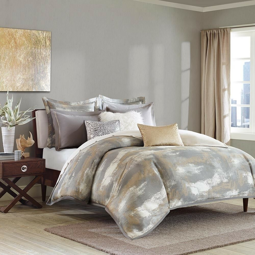 Graphix King Size 8pc Comforter Set in Grey, White & Tan Poly Jacquard Fabric