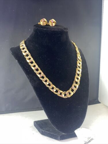 VTG TRIFARI NECKLACE,CLIP EARRINGS,TO THE OFFICE S