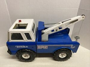 Tonka-Blue-Mighty-Wrecker-Tow-Truck-Single-Arm-Pressed-Steel-Rare-Vintage-16-034
