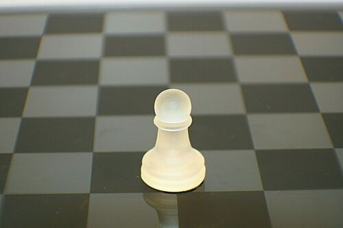 """Glass Chess Frosted Glass Pawn Replacement Chess Piece 1 3//8"""" c1"""