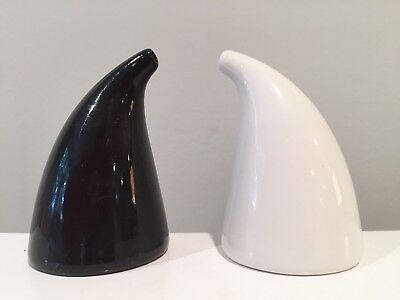 Kaj Franck for Arabia Finland Pottery Porcelain Salt & Pepper Shakers