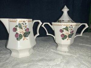 Nikko Classic Collection Orchard Berries Collection Creamer & Sugar Bowl w/lid