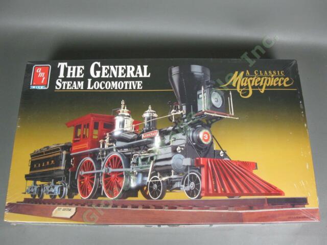 The General Steam Locomotive Train Engine Set AMT Ertl 8124 1/25 Scale Model Kit