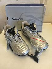 Reebok Boys Football Boots Size Uk 5.5 / Brand New