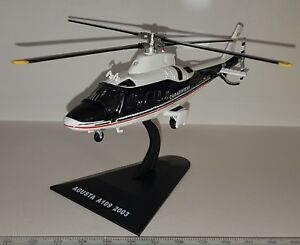 DeAGOSTINI-HELI-AGUSTA-A109-CARABINERI-HELICOPTER-HELICOPTERE-SCALE-1-72-NEUF