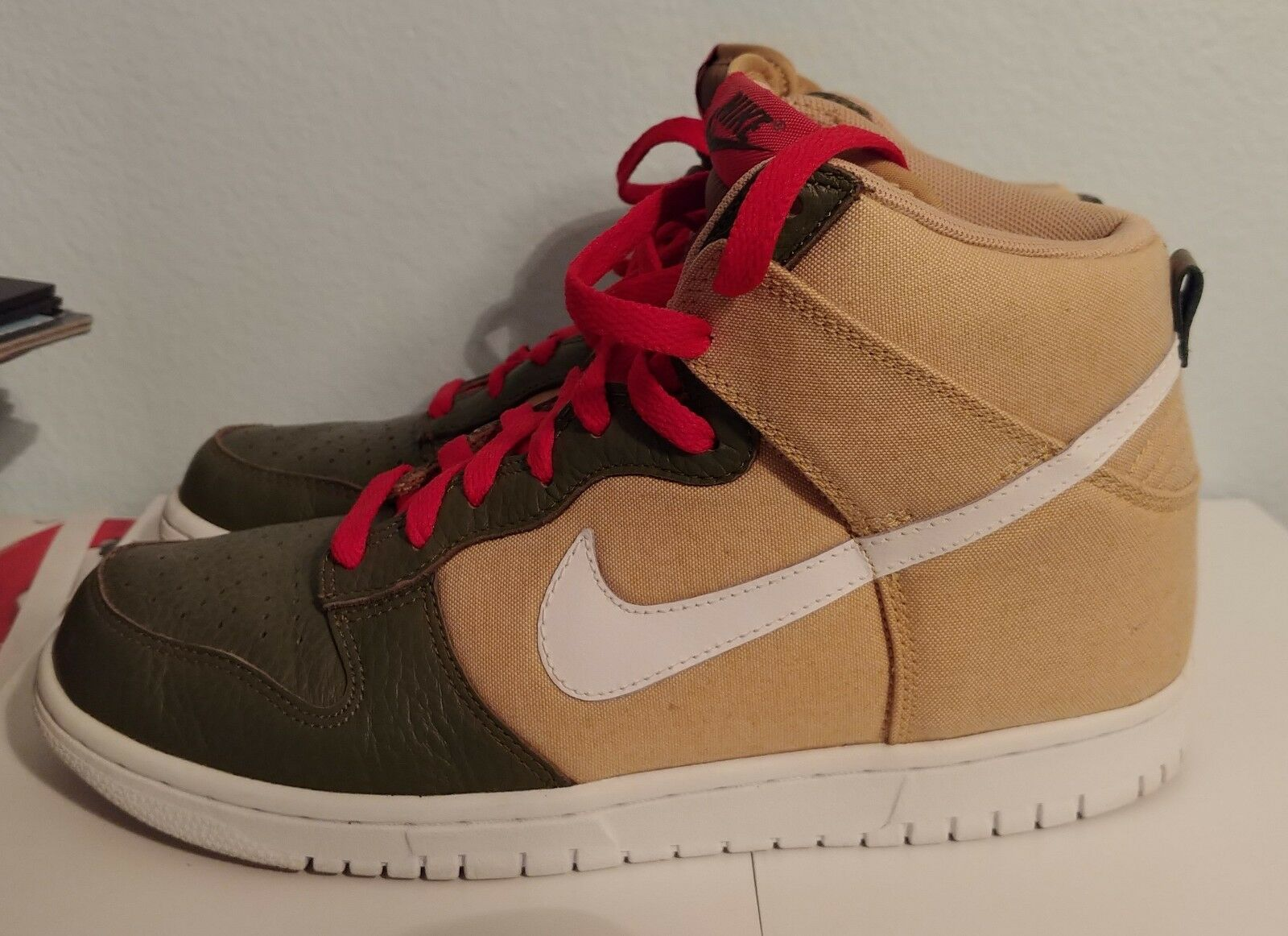 NIKE DUNK HIGH · 317982-704 · USED · 2012 · SZ 8.5 Uomo · NO BOX · VG CONDITION