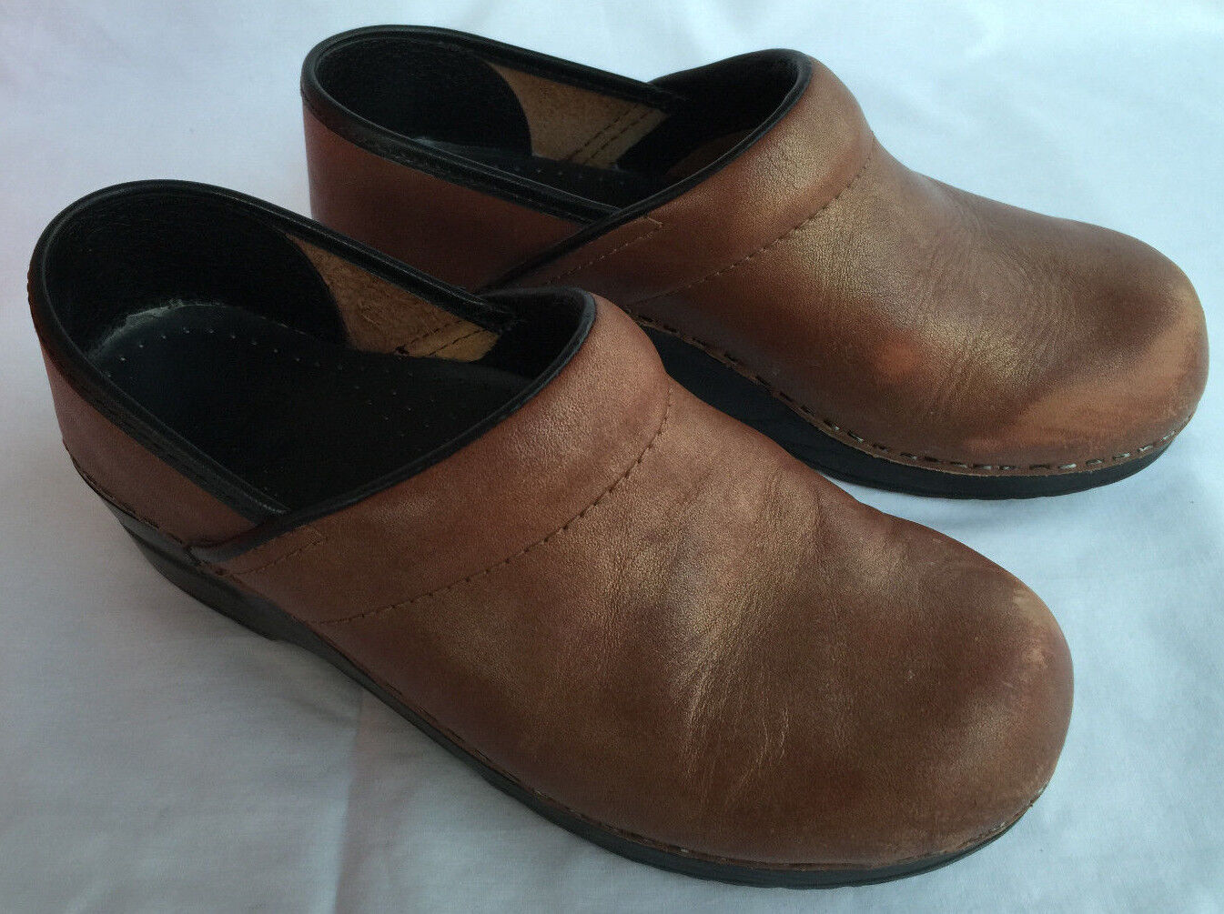 Dansko Professional Gold Leather Support Slip-On Clogs Shoes Women's 7