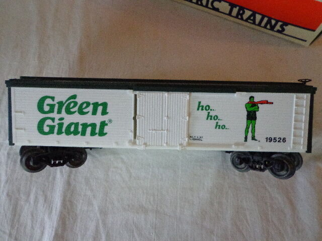 LIONEL O AND 027 GAUGE JOLLY GREEN GIANT BILLBOARD REEFER