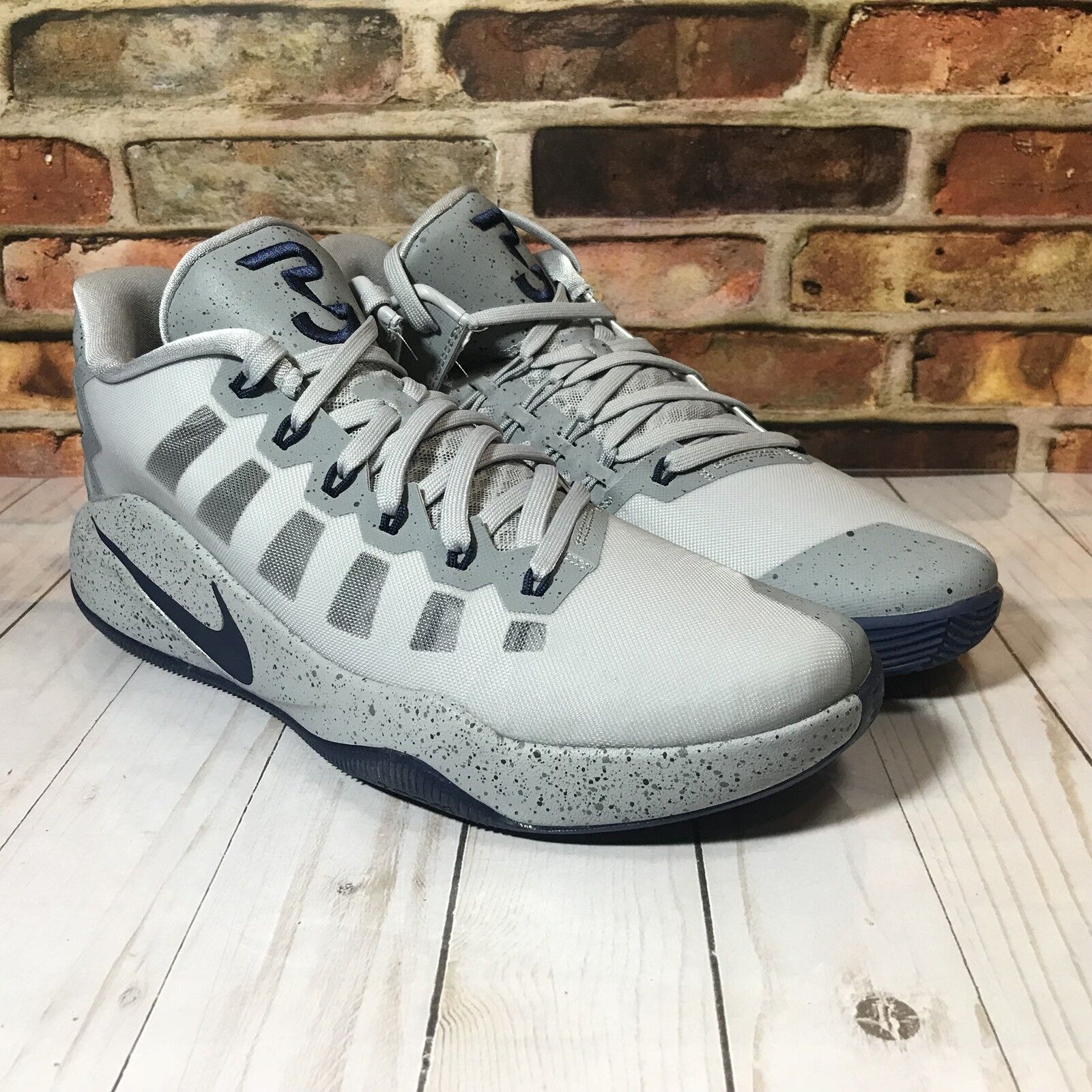 e9727e5c2d60 Nike Hyperdunk 2016 Low PG Paul George Size 11 Mens Wolf Grey ...